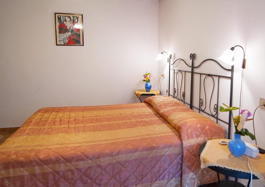 hotelalsoffiadorgalery-1