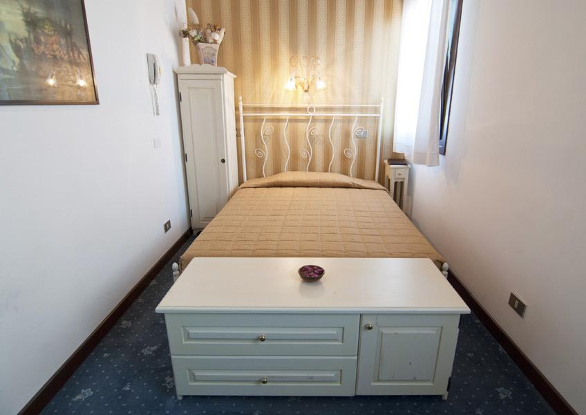 hotelalsoffiadorgalery-42