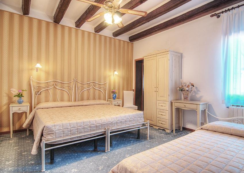 hotelalsoffiadorgalery-40